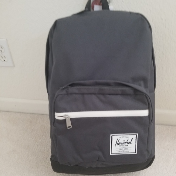 c233170b14c Herschel gray pop quiz backpack